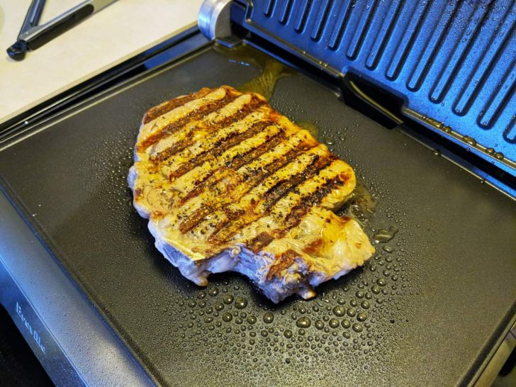 breville smart grille cooking03