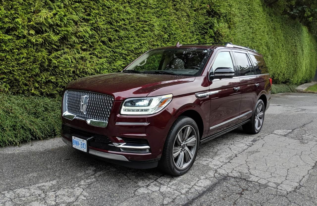 why buy a range rover when you can buy the 2018 lincoln navigator review unfinished man. Black Bedroom Furniture Sets. Home Design Ideas