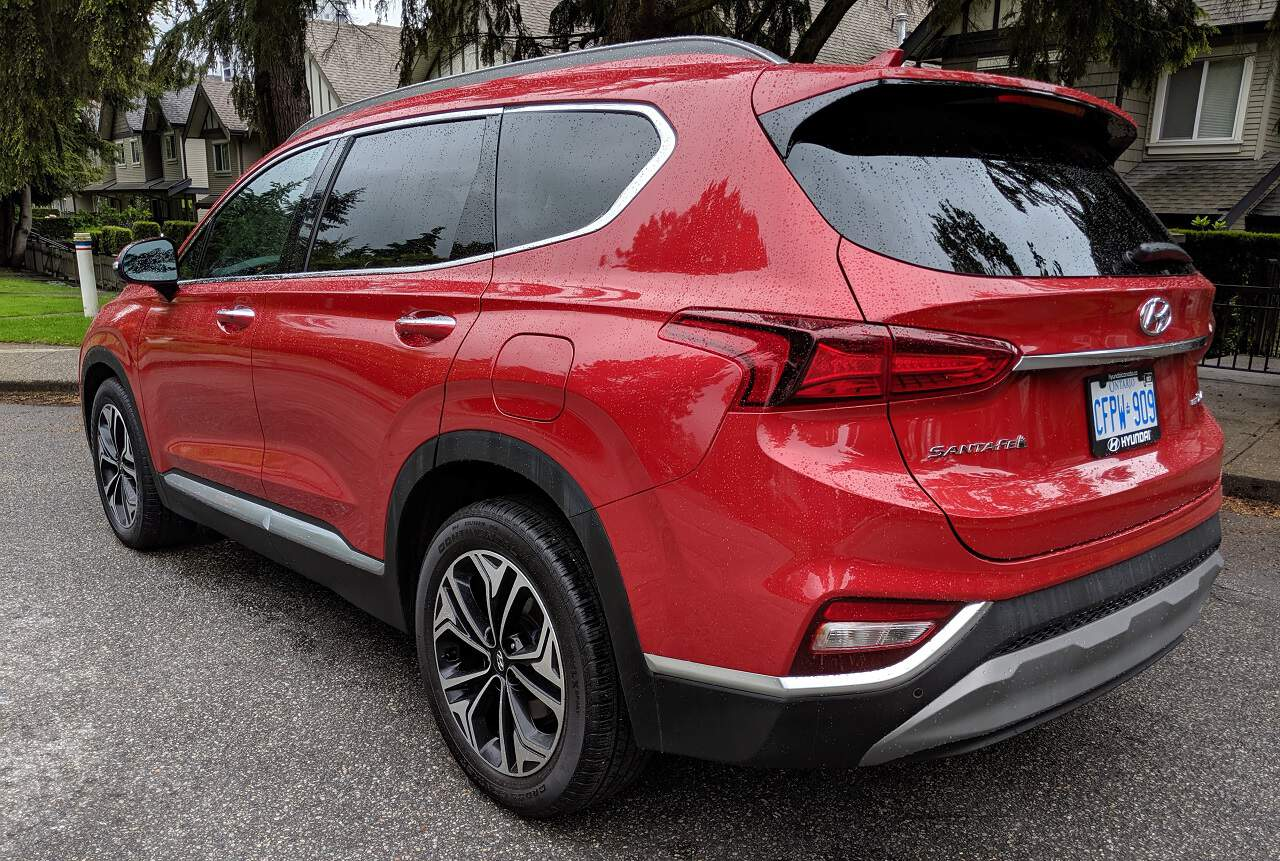 2019 Hyundai Santa Fe Review 4