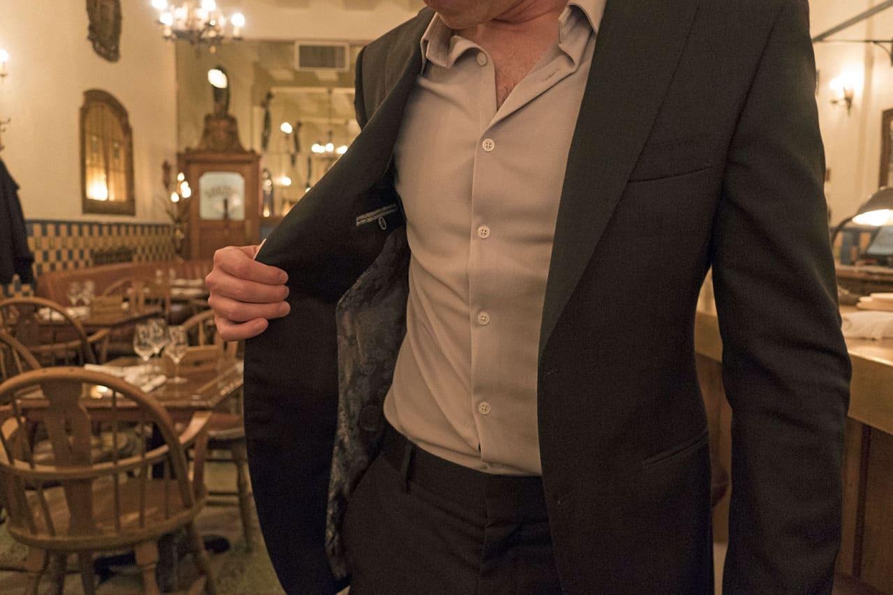 suitablee suit 18