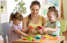 7 Tips for Keeping Toddlers Busy During Quarantine