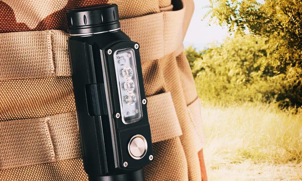 UV-C sterilizing flashlight