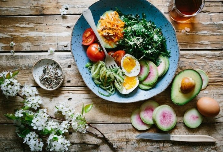 healthy meal wooden table