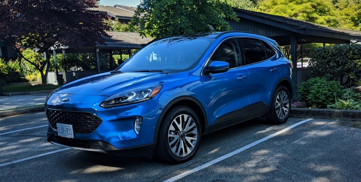 2020 Ford Escape Hybrid Review 1