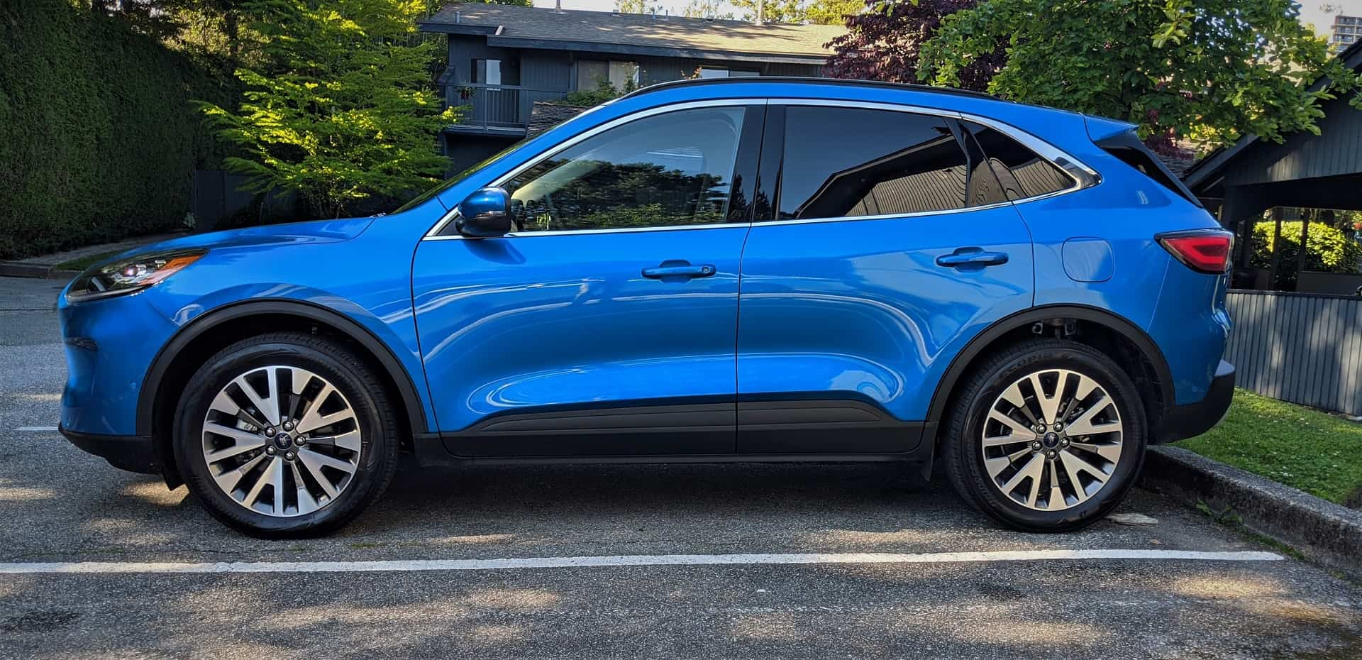 2020 Ford Escape Hybrid Review 3