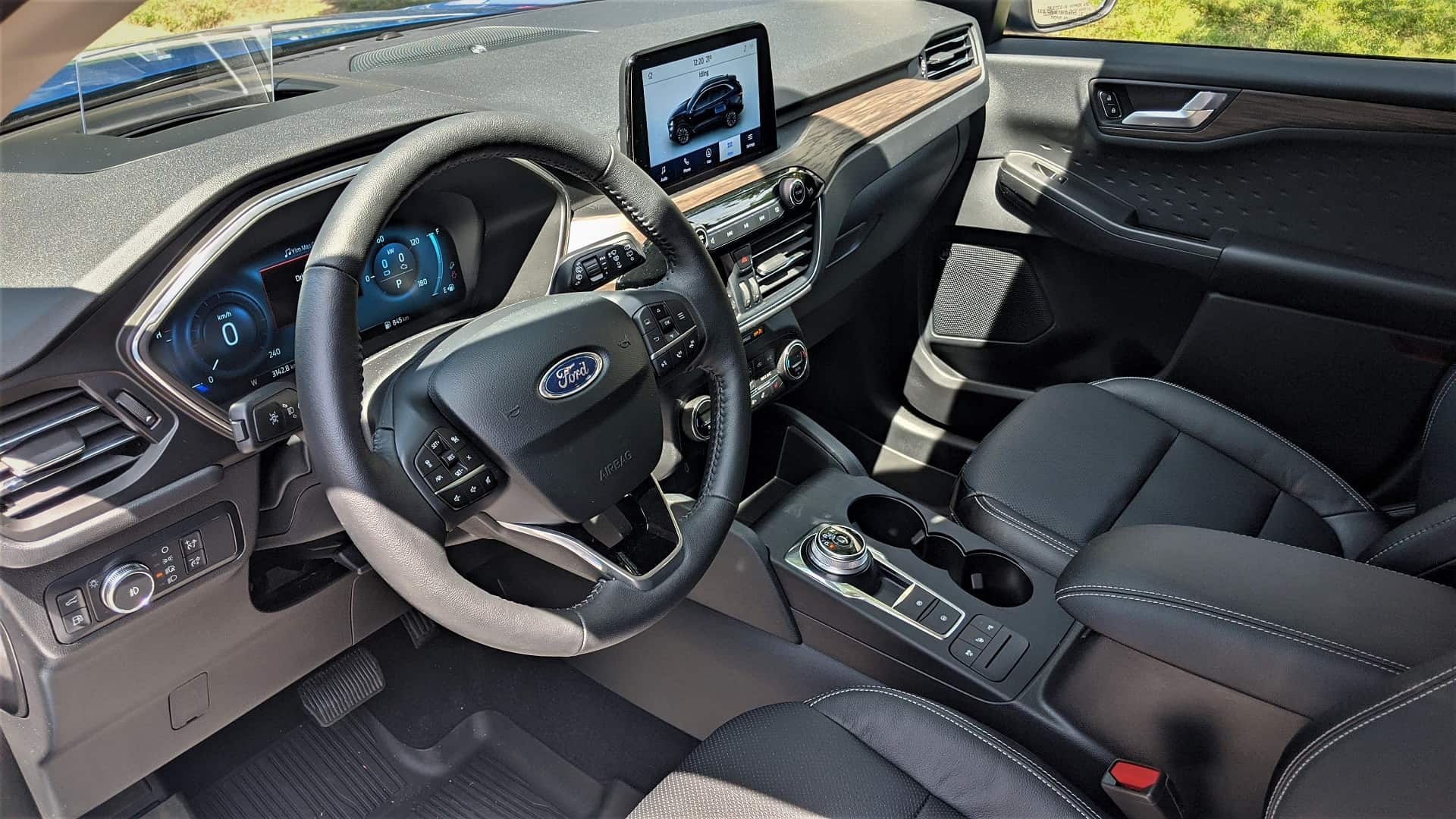 2020 Ford Escape Hybrid Review 7