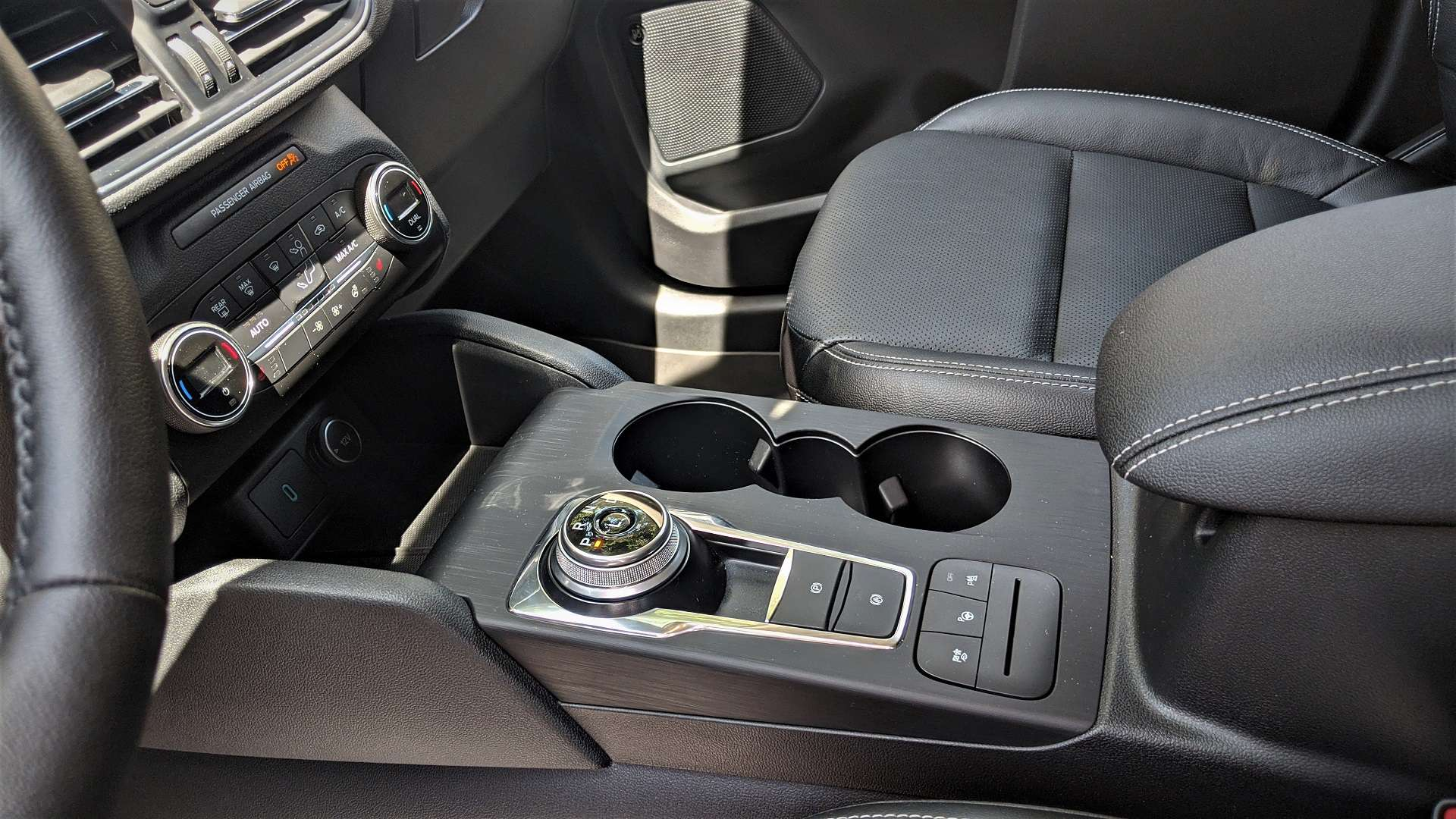2020 Ford escape rotary gear shift dial