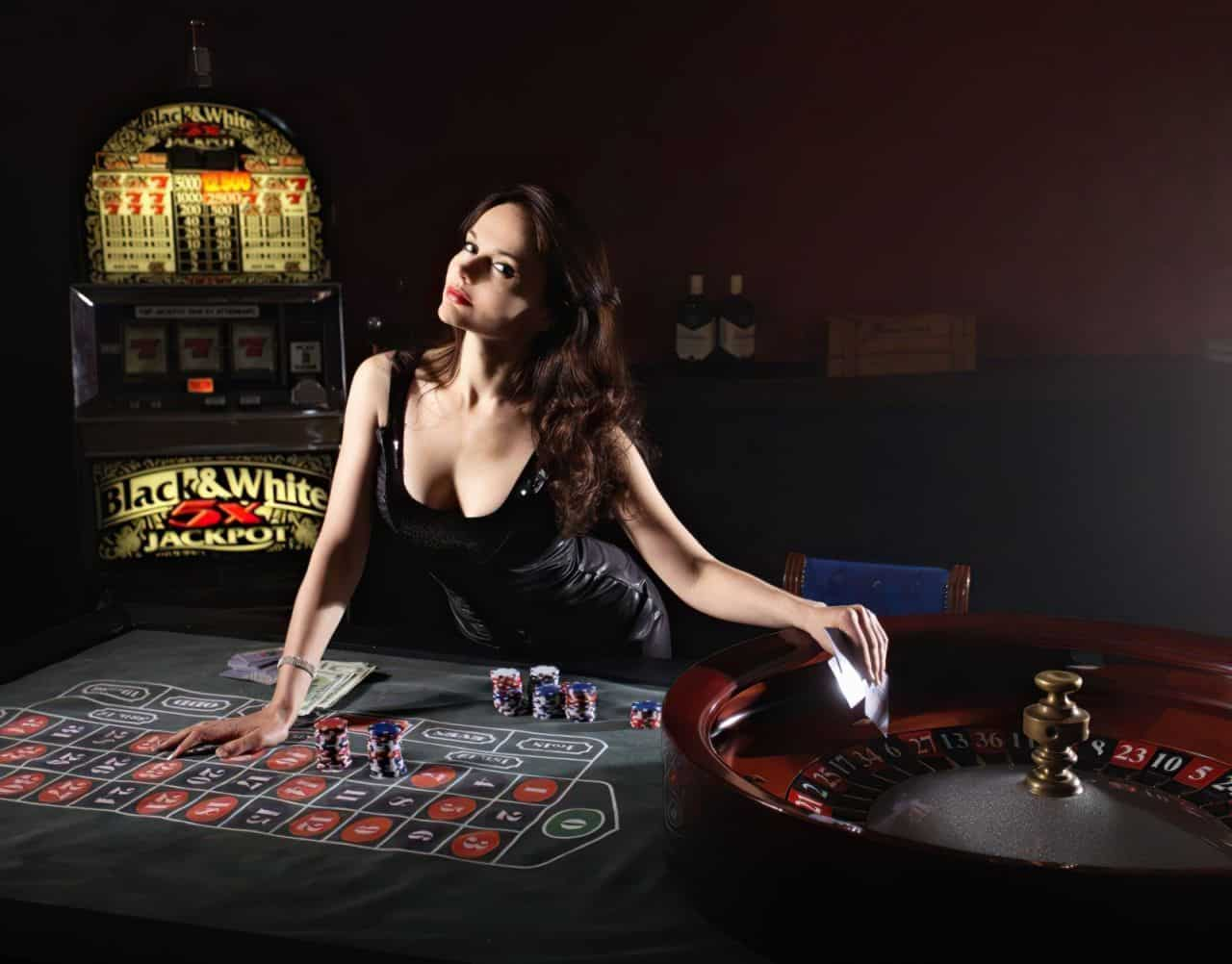 cards poker casino girl