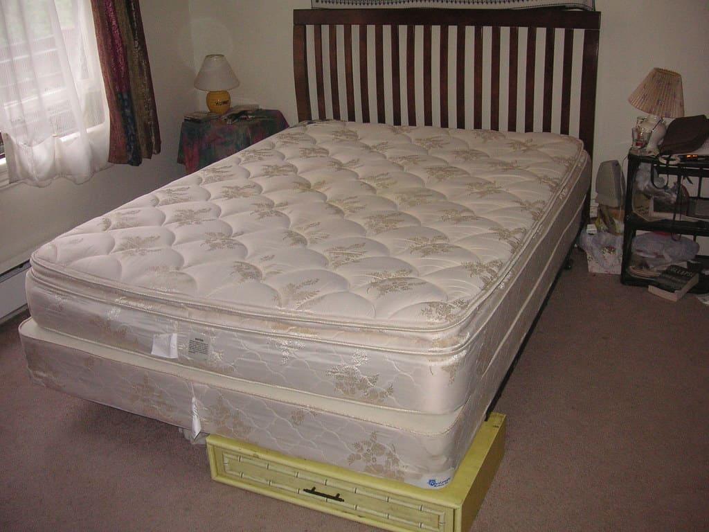 craigslist bed frame