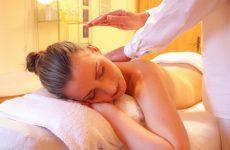woman getting craigslist massage