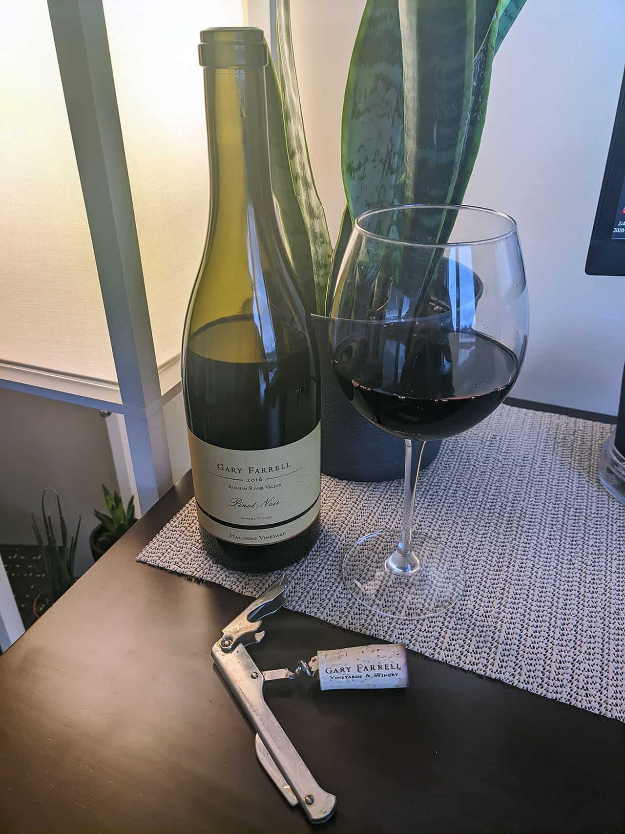 bottle of gary farrell 2016 pinot noir