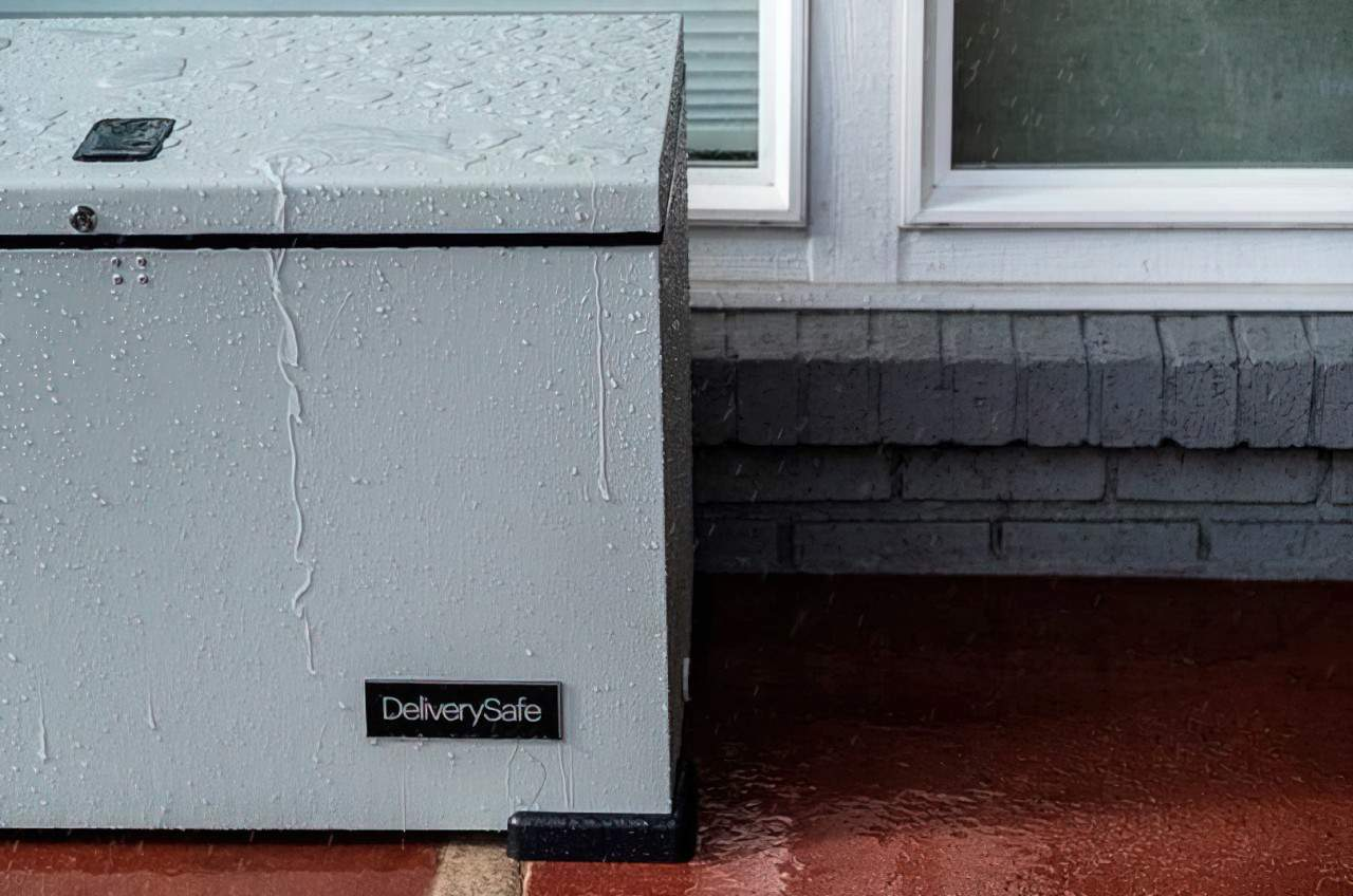 deliverysafe in the rain