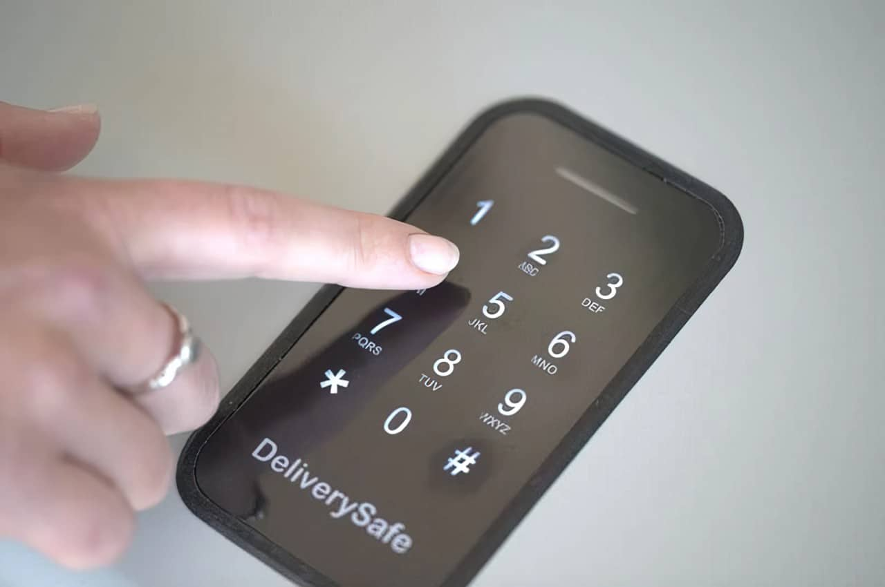 deliverysafe keypad screen