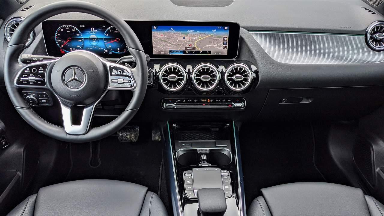 2021 Mercedes Benz GLA 250 4MATIC Interior