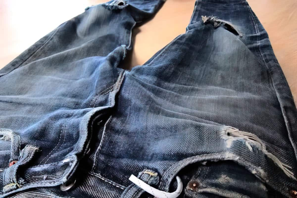 fading jeans upscaled