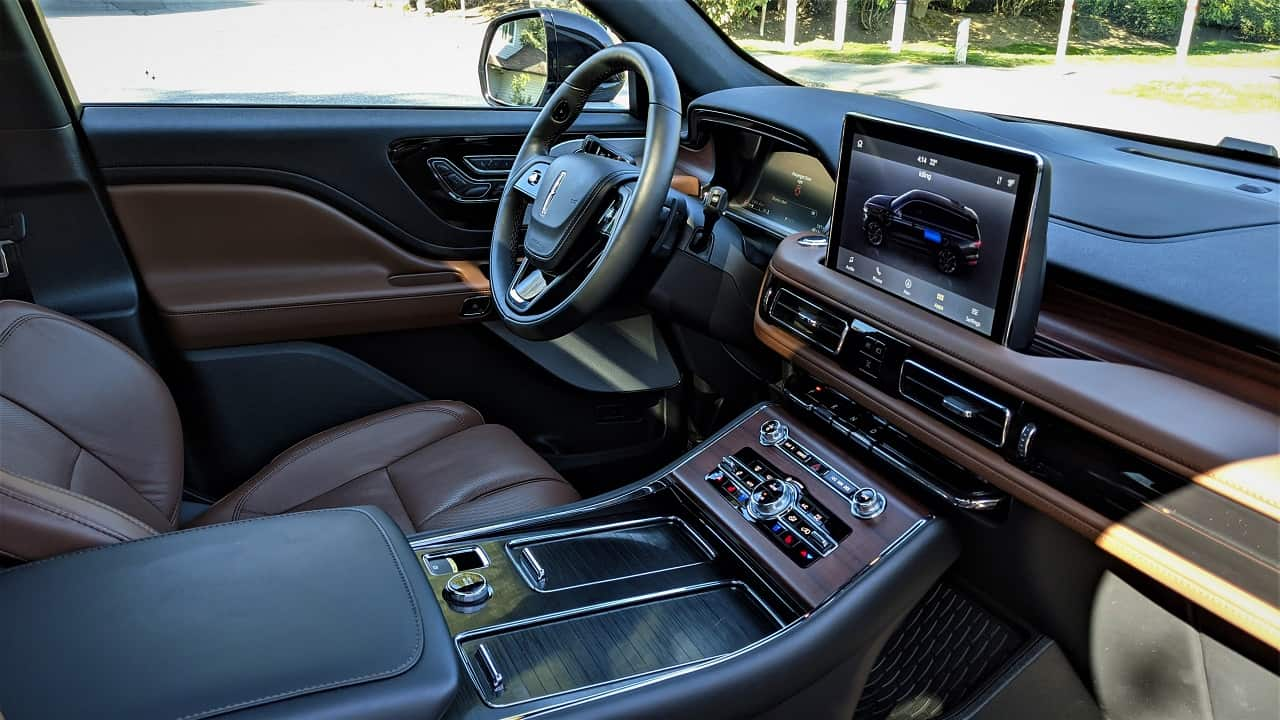 2021 Lincoln Aviator PHEV interior