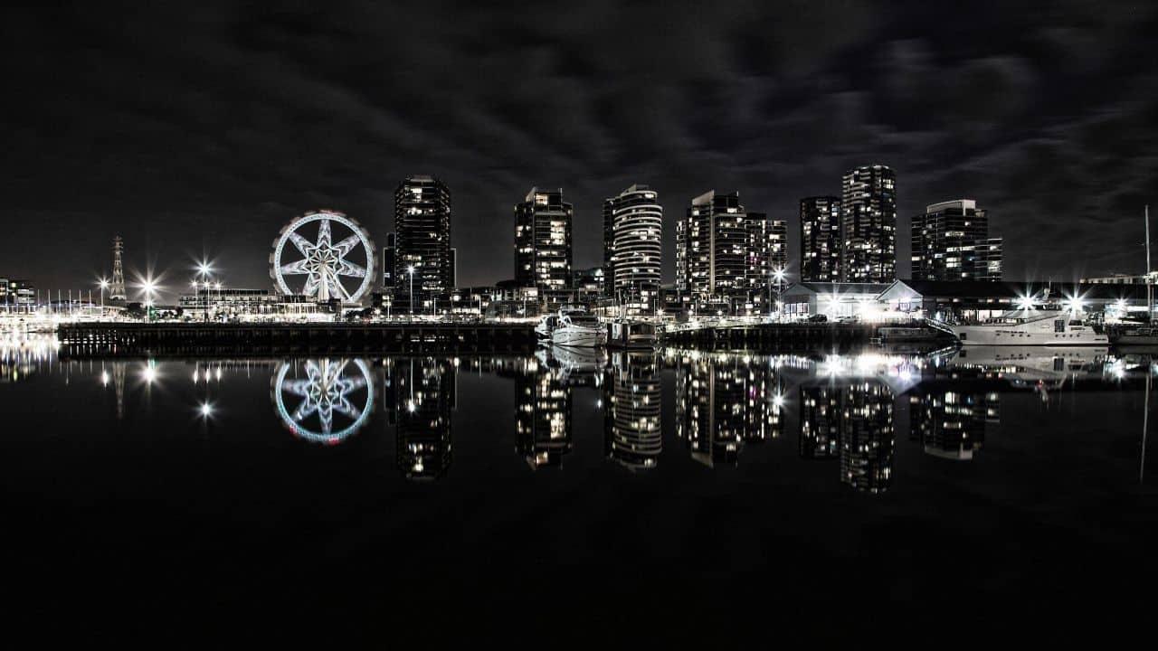 city at night in the dark
