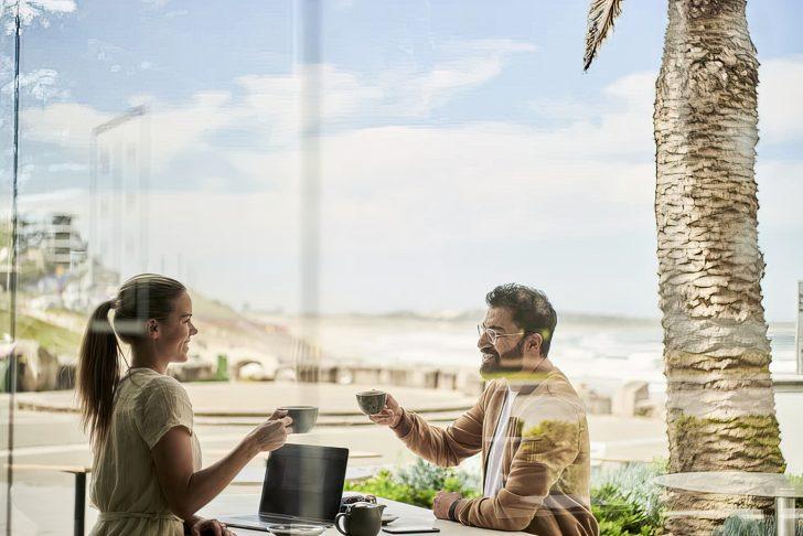 man woman date coffee