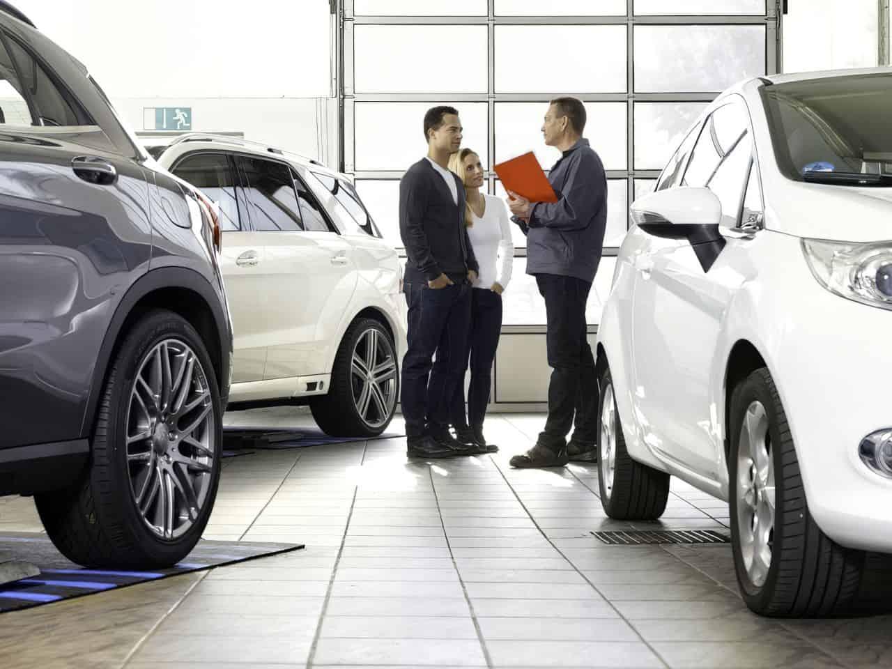 negotating a car sale adjust
