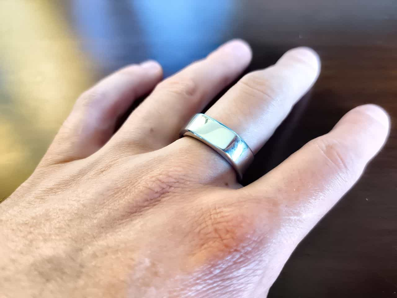 oura ring review on hand