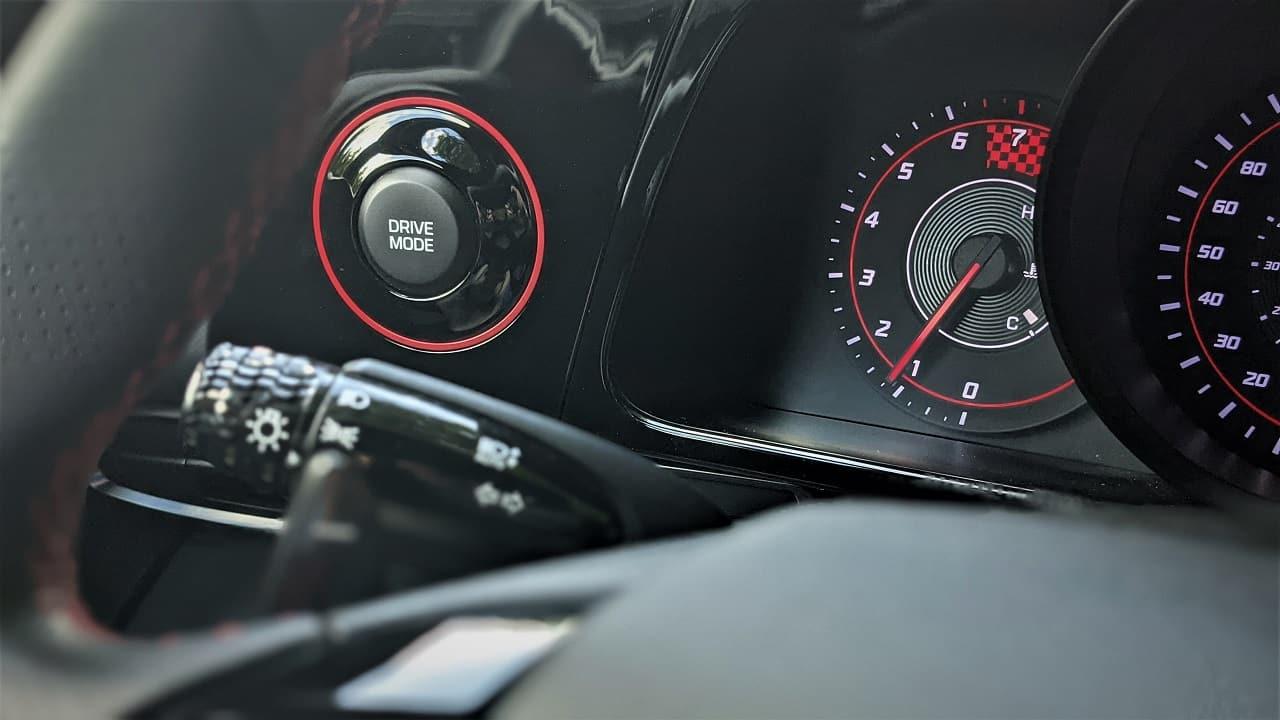 2021 Hyundai Elantra N Line driving mode button