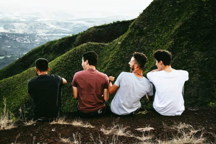 friends looking over mountain