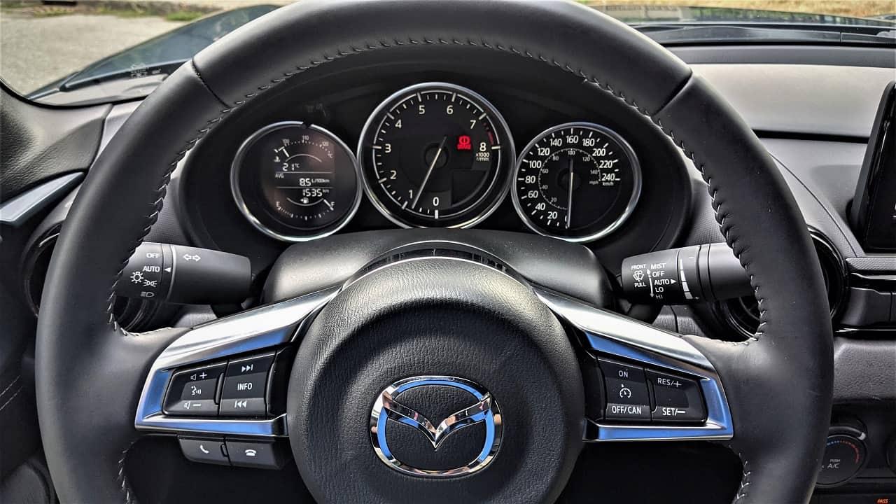 2021 Mazda MX 5 gauge cluster