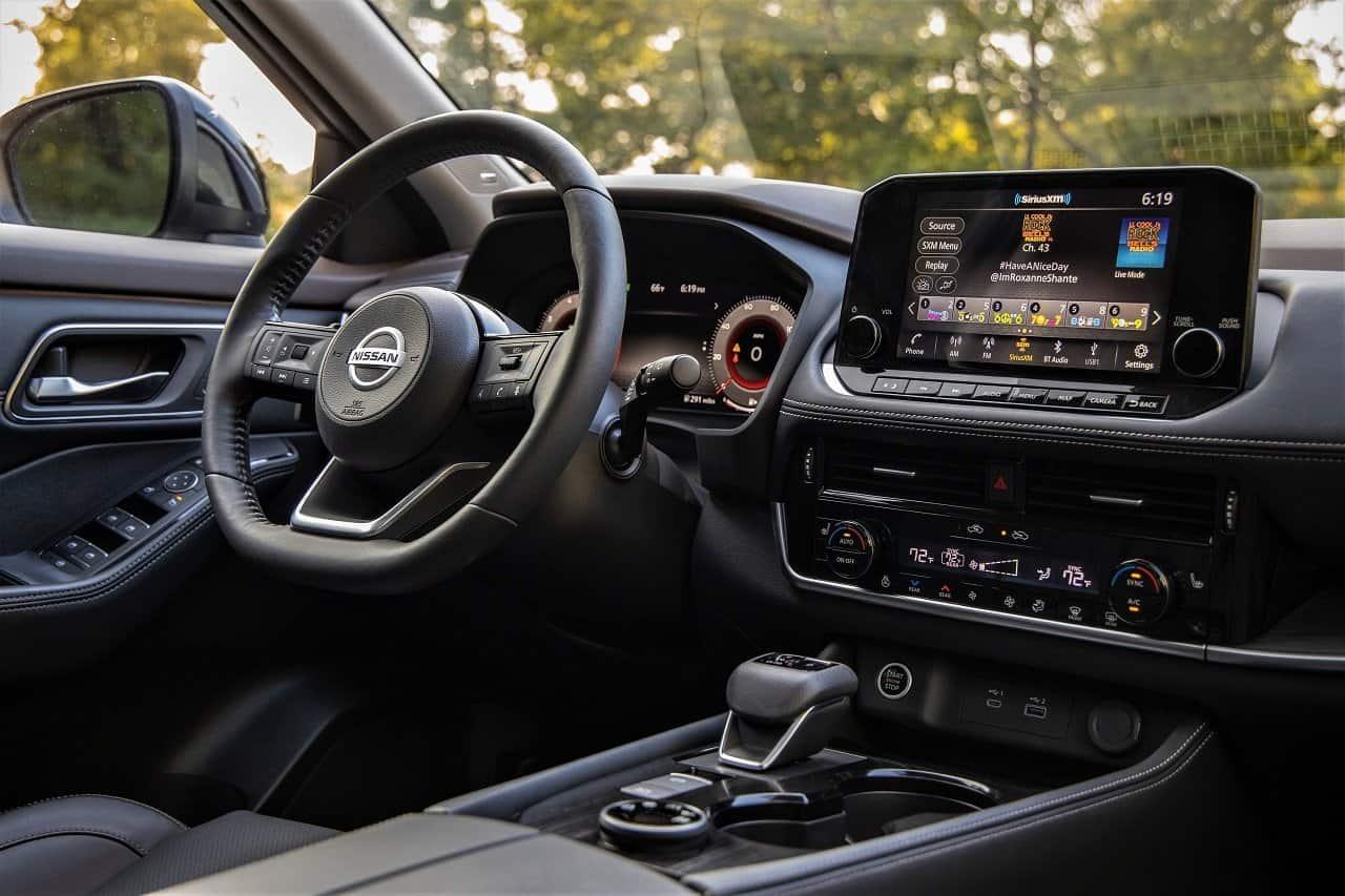 2021 Nissan Rogue interior 2