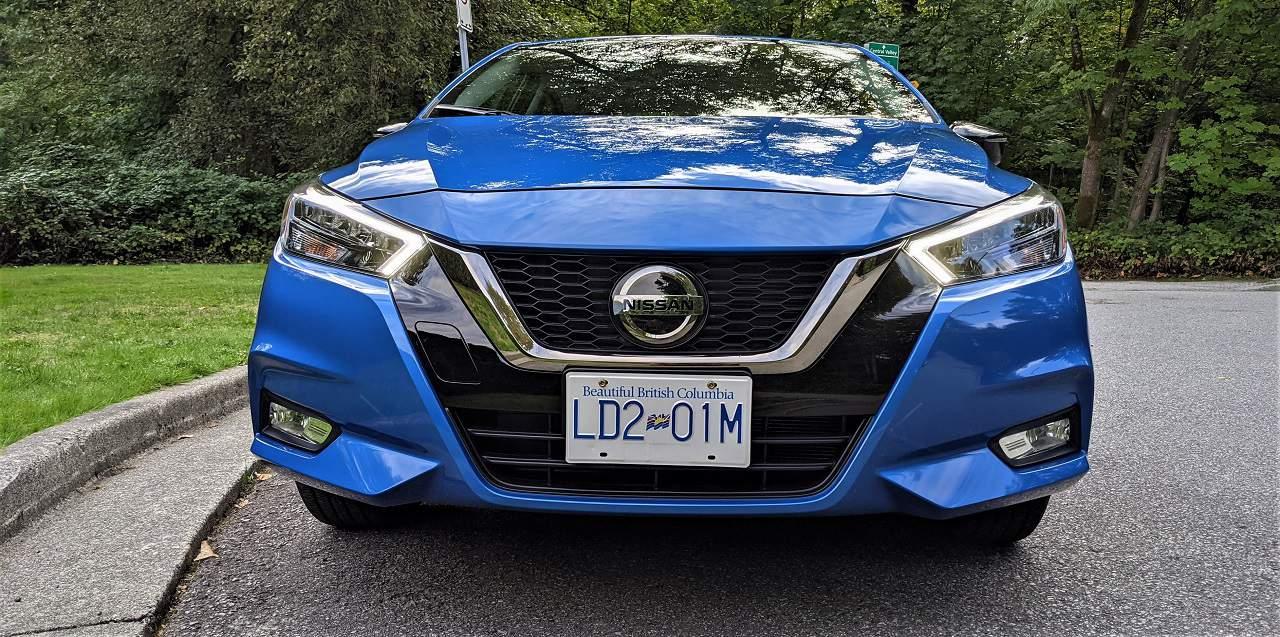 2021 Nissan Versa SR Front
