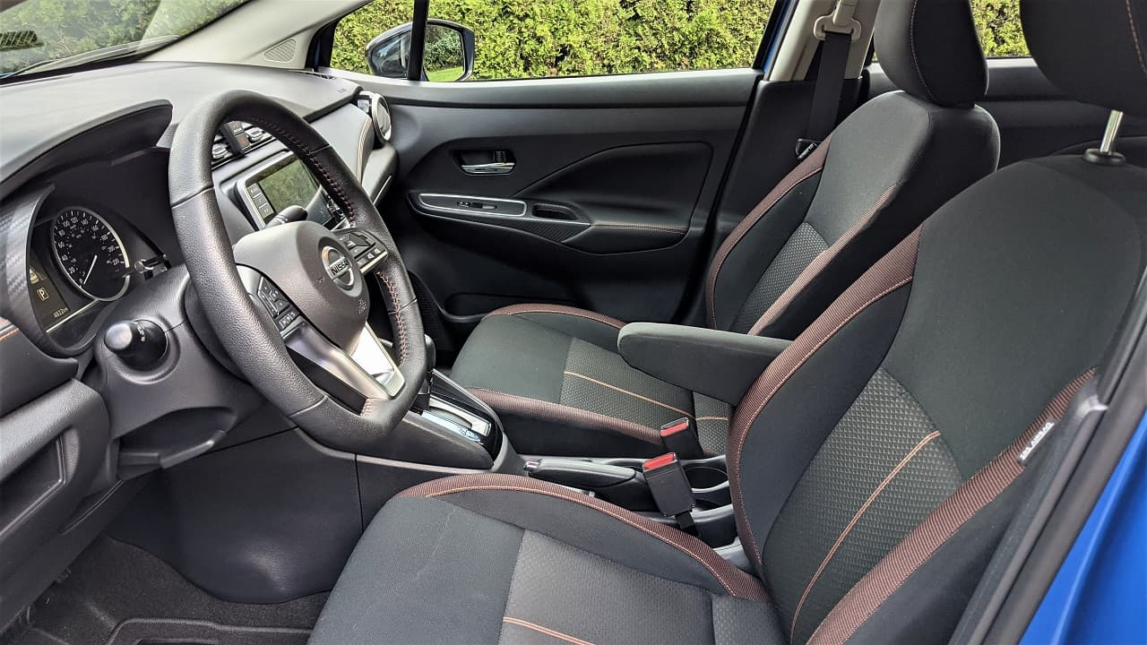 2021 Nissan Versa SR seats