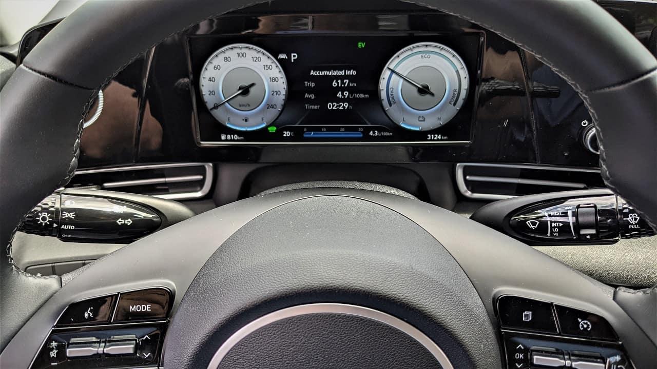 2022 Hyundai Elantra Hybrid gauge cluster