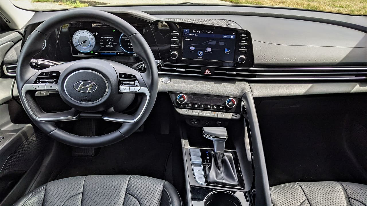 2022 Hyundai Elantra Hybrid interior