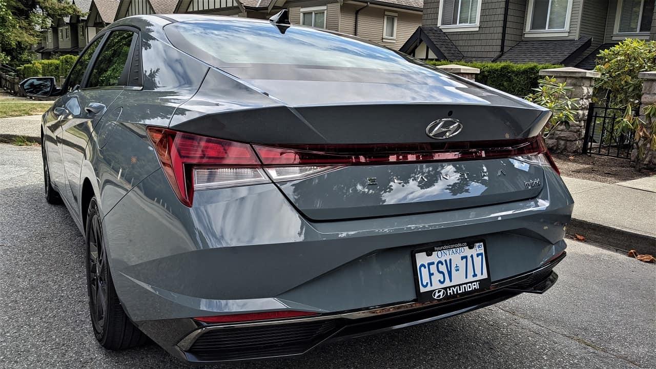 2022 Hyundai Elantra Hybrid side