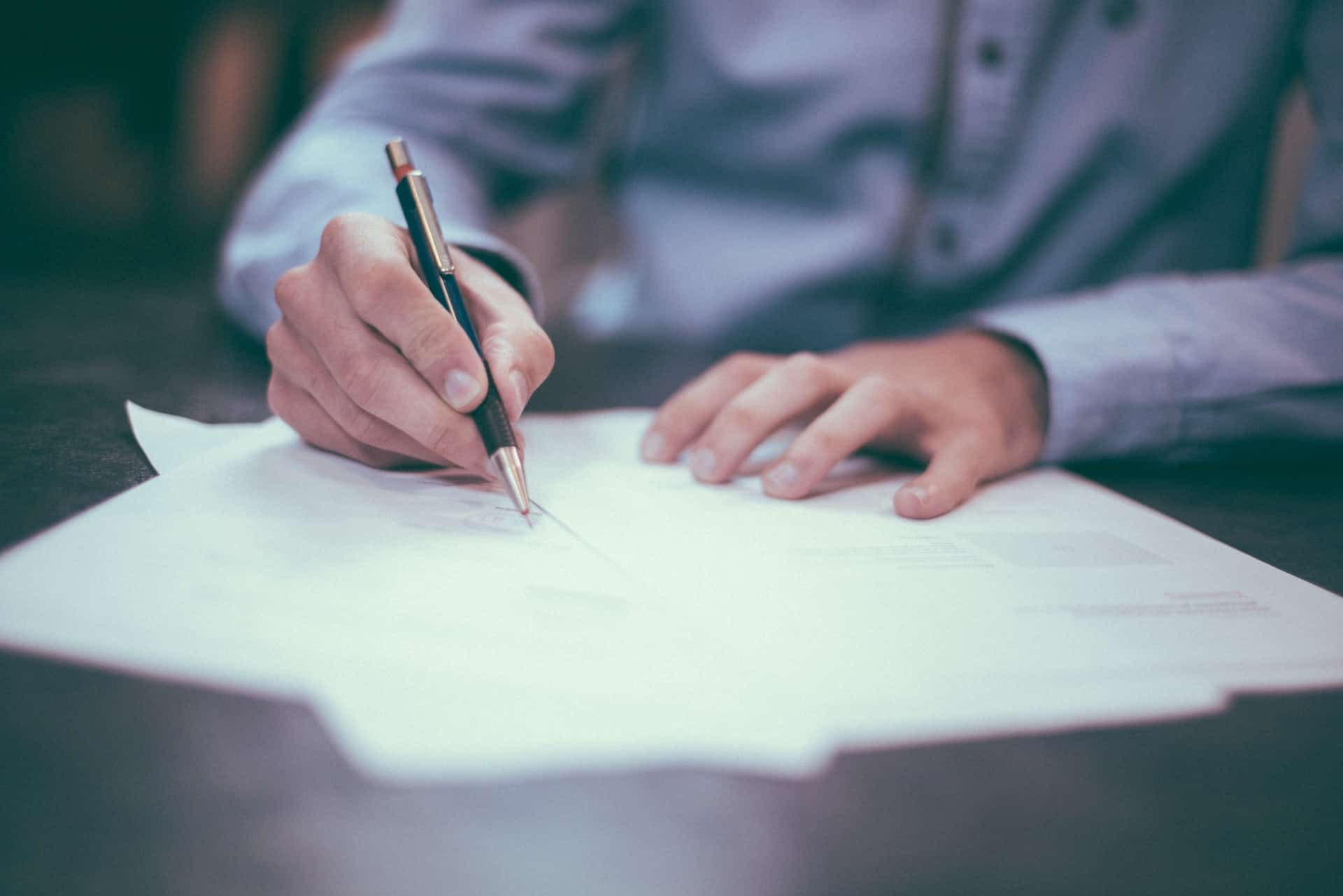 LLC Corporation lawyer sign papers