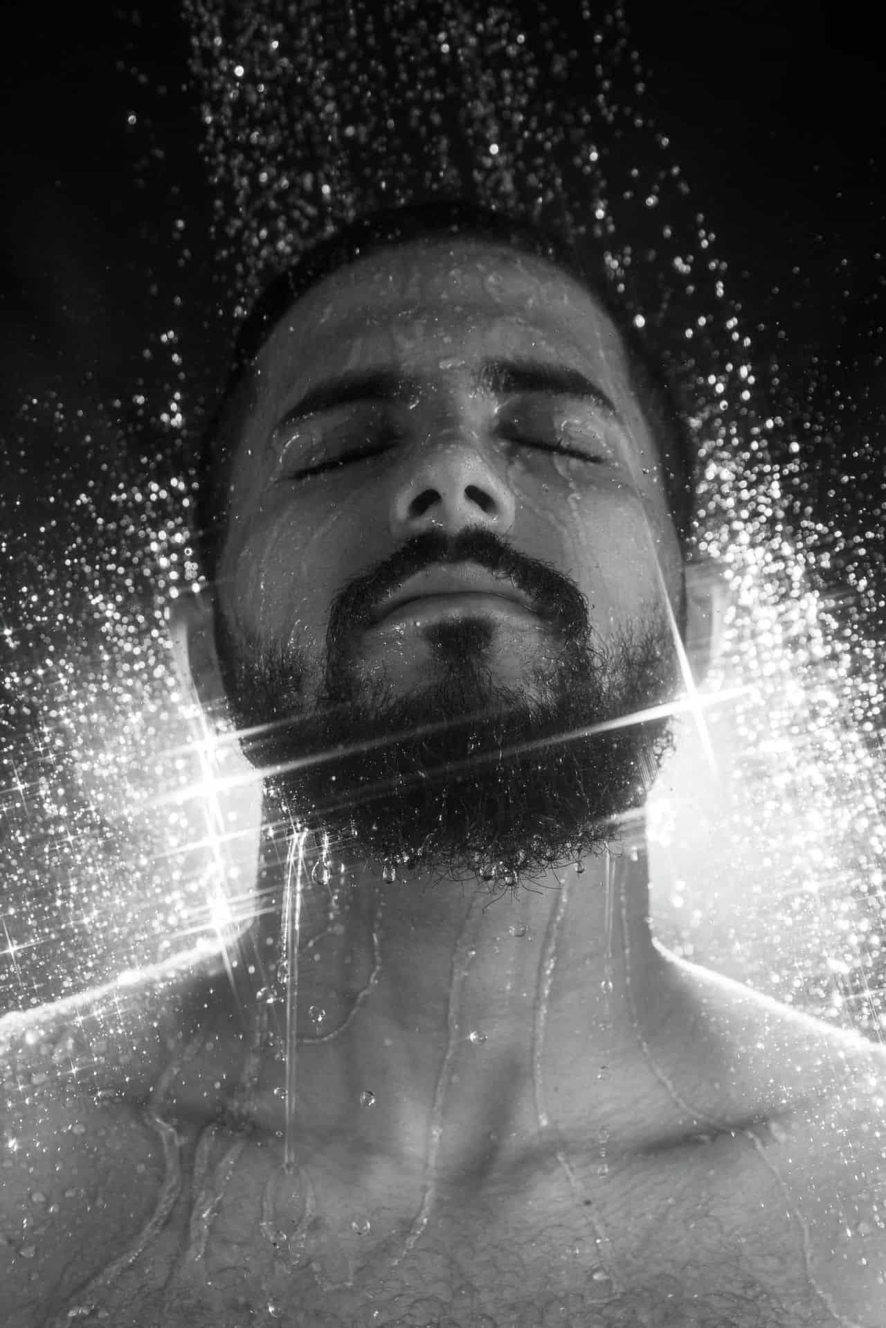 man cold shower